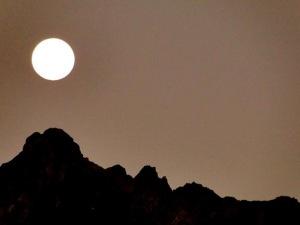 full-moon_2_2-2